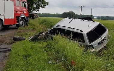 Do tragicznego wypadku doszło pod Ostrzeszowem. 20-letni sprawca był pijany, bez prawa jazdy