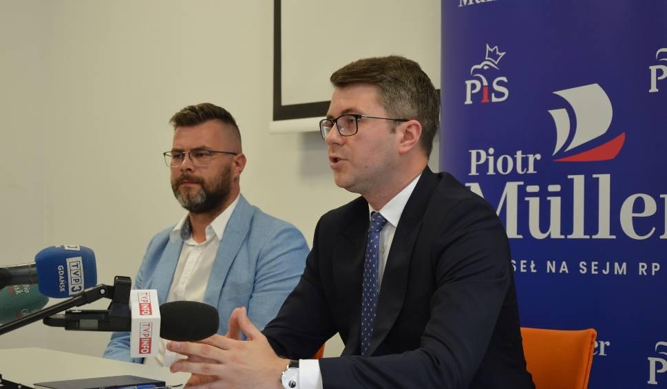Film do artykułu: Piotr Müller, rzecznik prasowy rządu w Bytowie. Promował Polski Ład i spotkał się z mieszkańcami