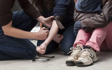 Wielu rodziców uważa, że dziecko, które siedzi w domu, jest bezpieczne i nic złego nie może mu się przydarzyć. Rodzice wielu pozwalają na samodzielność