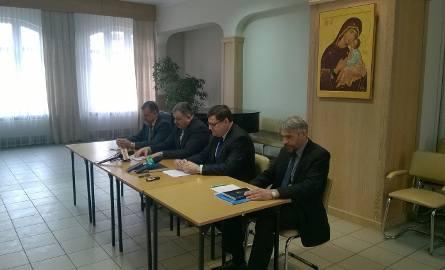 Liderzy Forum Mniejszości Podlasia na sobotniej konferencji prasowej (od lewej) Stefan Nikiciuk, Jarosław Werdoni, Marek Masalski, Sławomir Nazaruk.