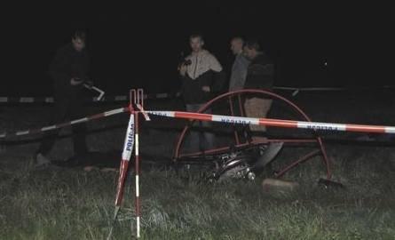 Młody paralotniarz runął z wysokości na ziemię. Reanimacja nie pomogła (nowe zdjęcia, nowe informacje)