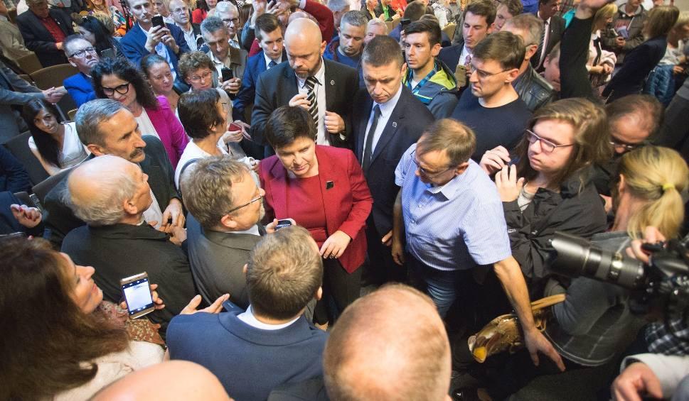 Film do artykułu: Wybory samorządowe 2018. Beata Szydło w Słupsku. Nie przywiozła żadnych konkretów [wideo, zdjęcia]