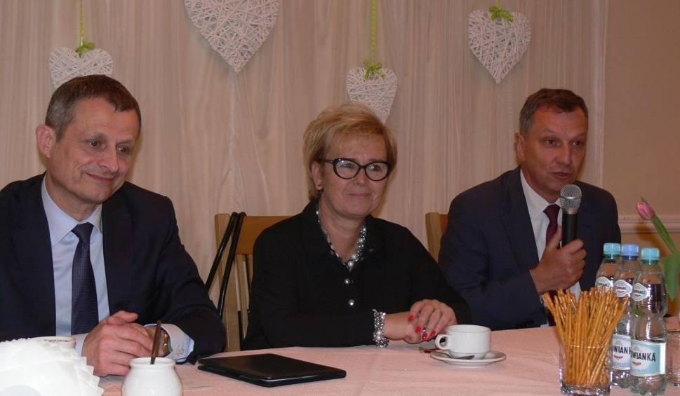 Film do artykułu: Posłowie Platformy Obywatelskiej spotkali się z mieszkańcami Tarnobrzega