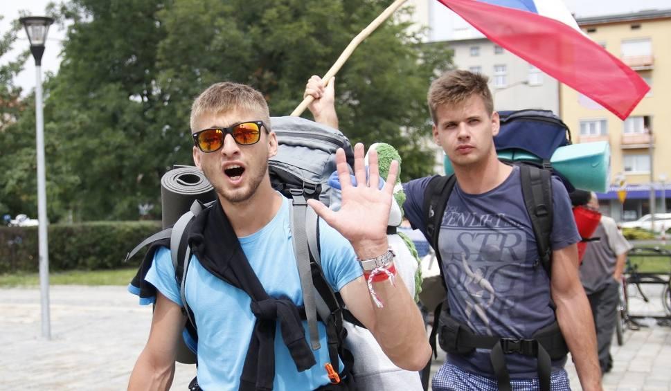 Film do artykułu: 2000 młodych ludzi w drodze na ŚDM z Opola do Krakowa