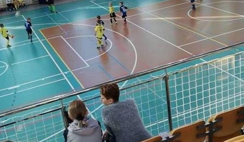 Film do artykułu: Młodzi piłkarze Czarnych Połaniec z dobrymi wynikami