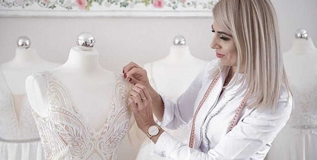 Sylwia Marcinak z Zielonej Góry od czterech lat projektuje ślubne suknie