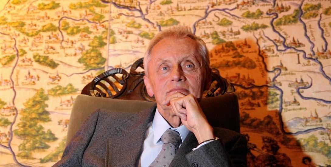 Jako poeta pozostał Ślązakiem, nawet wtedy, gdy ruszył w świat.