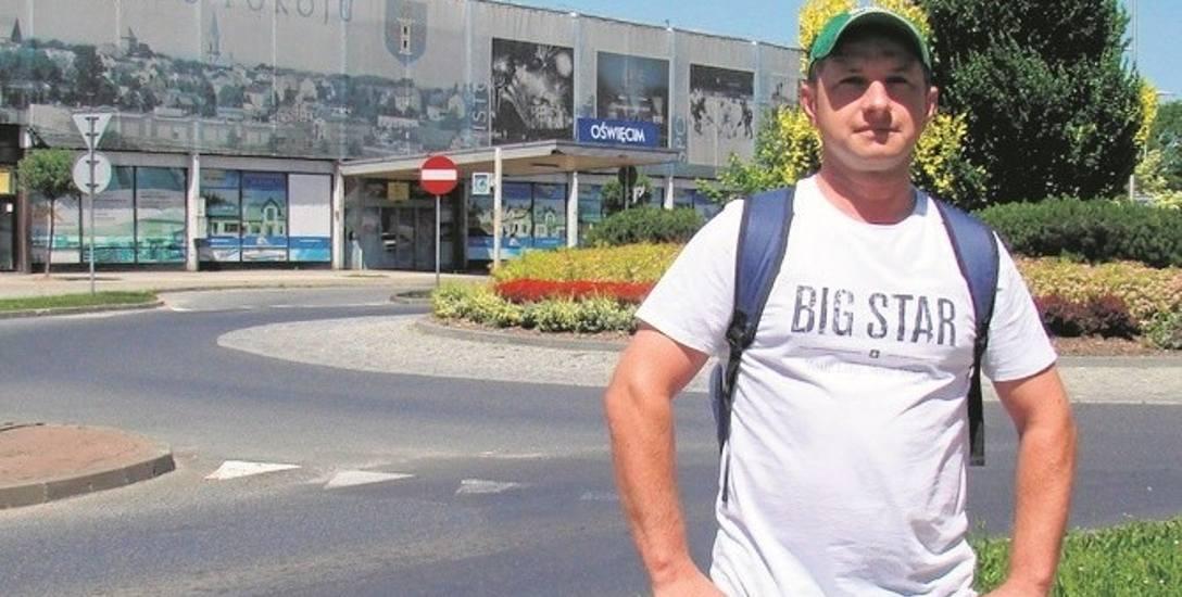 Tomasz Kotlarczyk, mieszkaniec Brzezinki, zaczyna wątpić, czy w najbliższych latach dojdzie do budowy nowego dworca