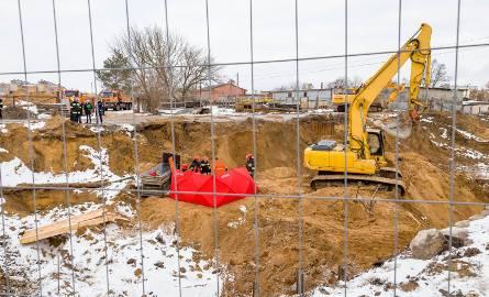 Tragedia przy budowie ul. Klepackiej, jeden z pracowników zginął.