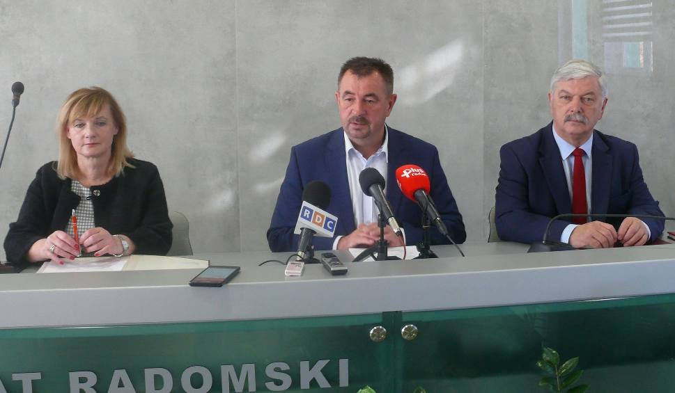 Film do artykułu: Powiat inwestuje w szpitalach w Iłży i Pionkach, będą też drogi i ścieżki rowerowe
