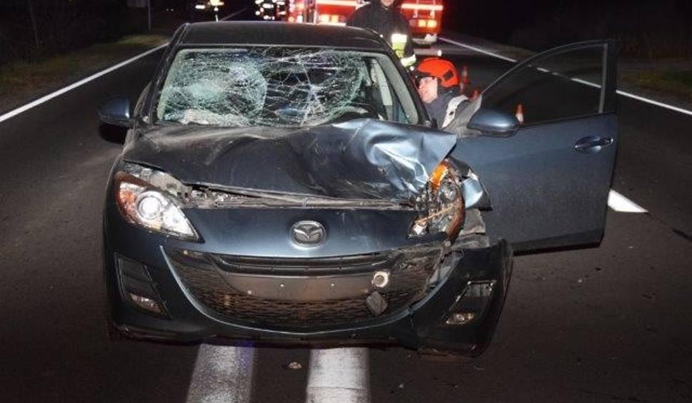 Film do artykułu: Kolejne niebezpieczne zderzenie samochodu z jeleniem na drodze pod Tarnowem