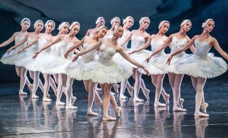 Jezioro Łabędzie w wykonaniu Moscow City Ballet w Koszalinie