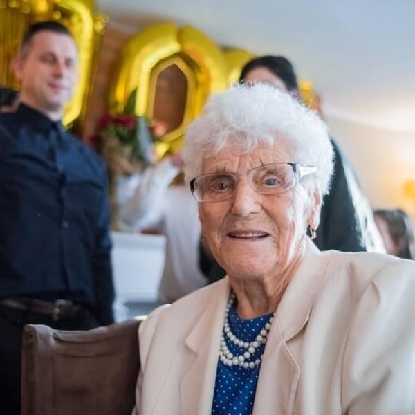 W miniony czwartek, 19 grudnia 2019 r., gdańszczanka Helena Lipka skończyła sto lat. Urodziny spędziła w gronie najbliższych. Z odwiedzinami do jubilatki