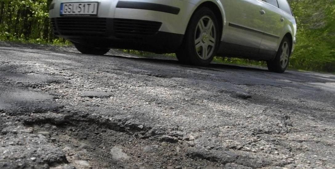Remont drogi z Dobieszewa do Gogolewka trwa zbyt długo