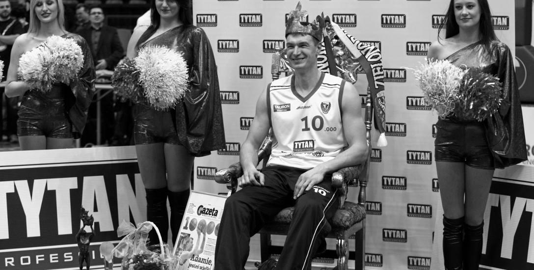 W USA każdy chciał być jak Jordan, a w Polsce młodzi koszykarze chcieli być jak Adam Wójcik. Król polskiego basketu