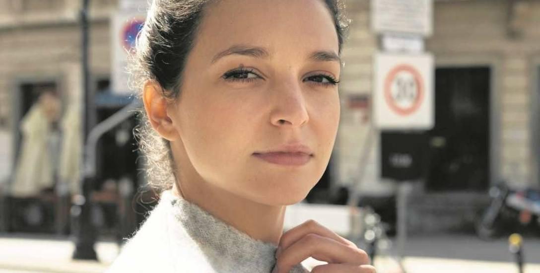 Maria Dębska (ur. 22 maja 1991 r.) - aktorka filmowa, teatralna i telewizyjna
