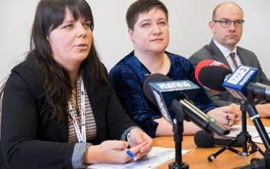 Na zdjęciu od lewej: dyrektor Departamentu Innowacji i Przedsiębiorczości Emilia Malinowska, dyrektor Departamentu Rozwoju Regionalnego Joanna Sarosiek