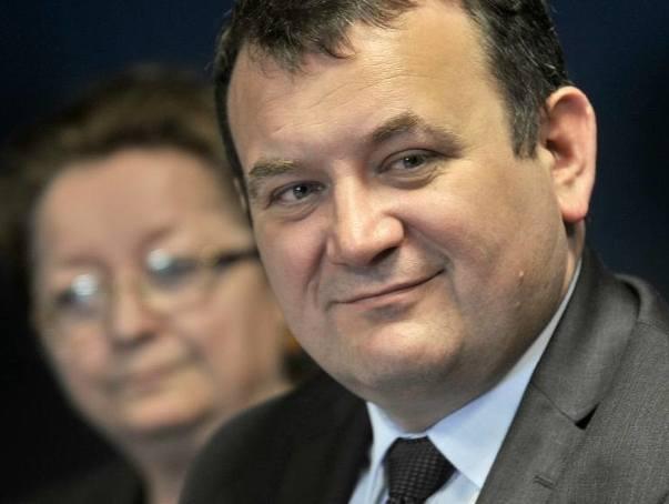 Gawłowski idzie w poniedziałek na przesłuchanie, choć prokuratura go nie chce