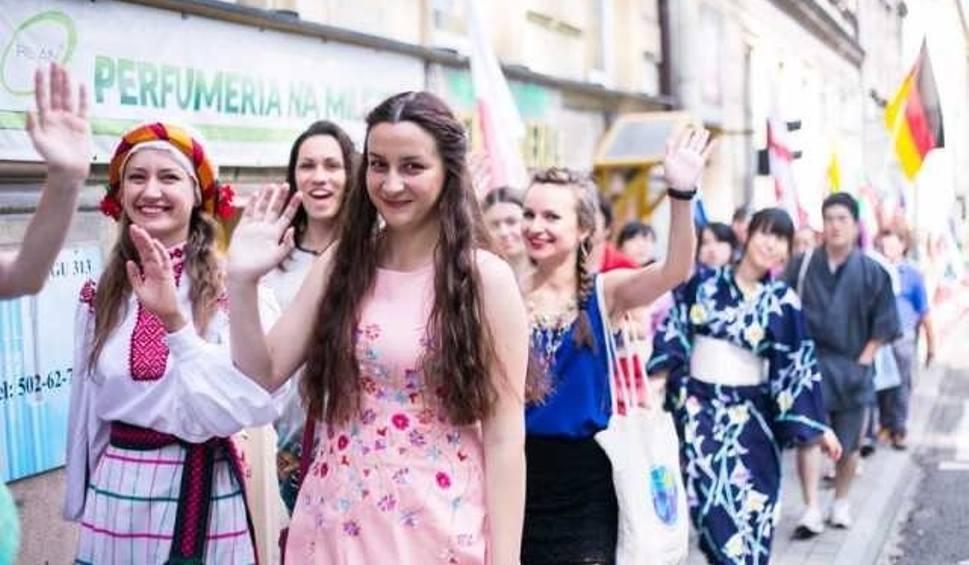 Film do artykułu: Sprawdzian ortograficzny i wieczór narodów Letniej Szkoły Języka Polskiego w Cieszynie