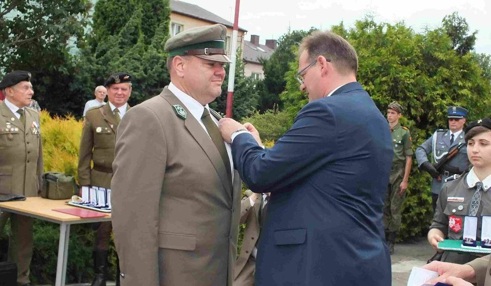 """Film do artykułu: W Wąchocku wręczone  medale """"Pro Patria"""". Zobacz kto dostał (LISTA)"""