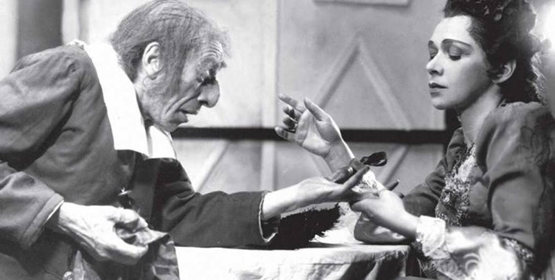 """Wielką, komiczną, ale naznaczoną również rysem tragizmu, kreację Harpagona stworzył Maksymilian Chmielarczyk w """"Skąpcu"""" Moliera (1949 r.). Na"""