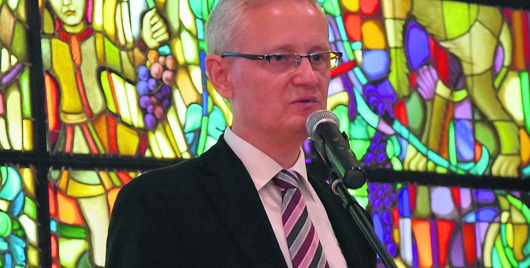 - Projekt odkorkowania miasta mógłby pozytywnie wpłynąć na środowisko, na relacje międzyludzkie - mówi Andrzej Żywień, prezes Powszechnej Inicjatywy