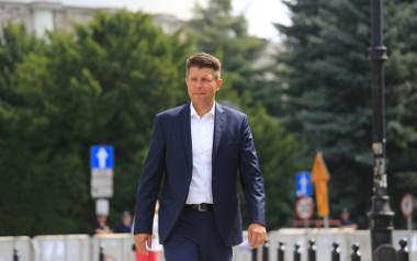 Parlamentarzyści .Nowoczesnej zapowiadają, że w sprawie śledzenia Ryszarda Petru złożą zawiadomienie do prokuratury.