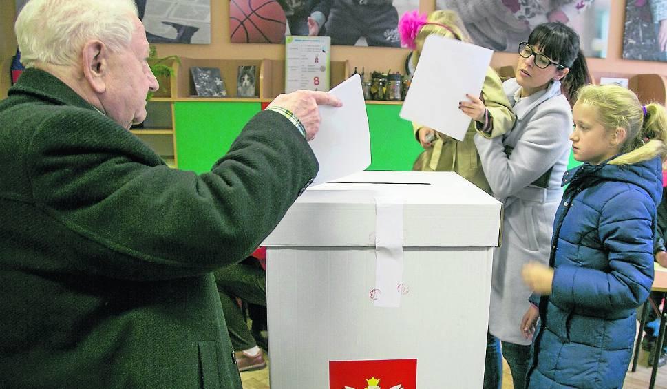 Film do artykułu: Małopolska zachodnia. Komitety wolno odkrywają karty. Chcą zaskoczyć rywali