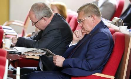 W pierwszej instancji Tadeusz Truskolaski wygrał. Urząd miasta wypłacił mu ponad 12 tys. zł odszkodowania
