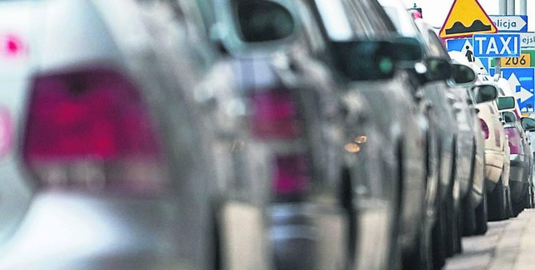 Taksówkarze, by móc przewozić pasażerów po gminie Mielno, powinni mieć stosowną licencję. Ważna do 15 lat kosztuje 200 zł