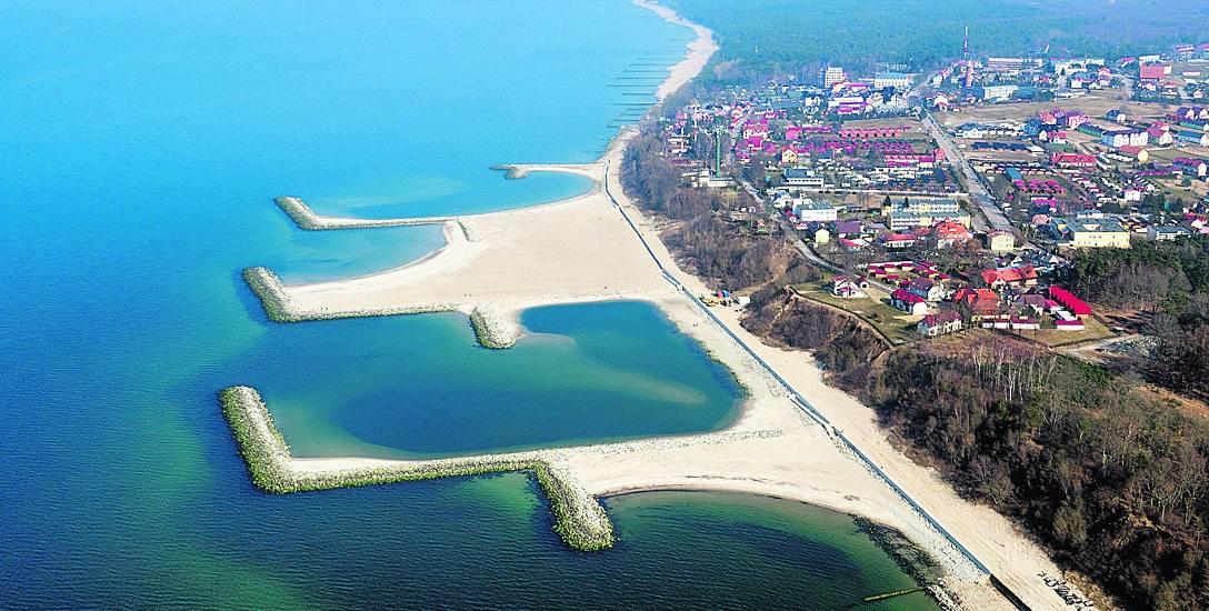 Największa sztuczna plaża w Polsce znajduje się w Jarosławcu. Zdjęcie wykonane dronem nadesłał nam Damian Łukaszewski