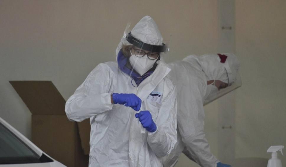 Film do artykułu: 133 zakażenia koronawirusem w Polsce i 5 zgonów. Na Podkarpaciu 8 przypadków [20 CZERWCA]