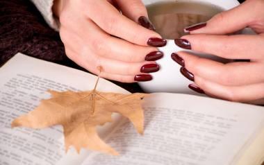 paznokcie na jesień jesienne paznokcie trendy kolory inspiracje pinterest paznokcie na jesień 2020