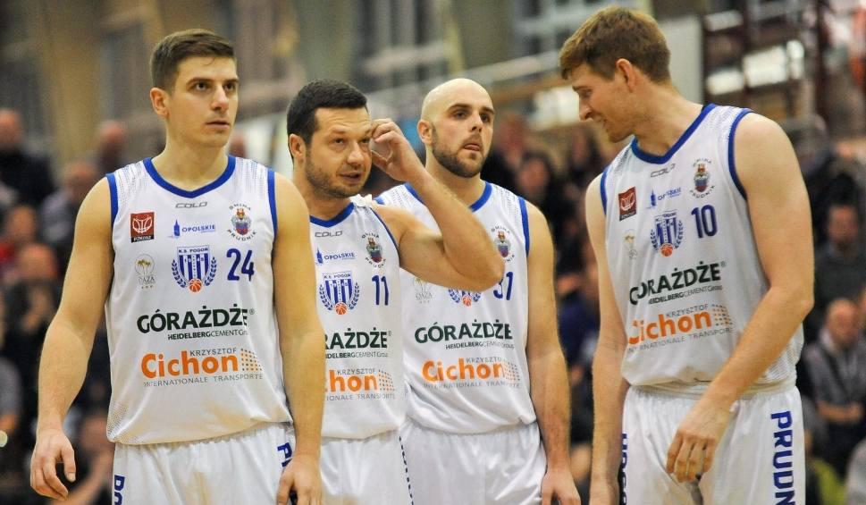 Film do artykułu: Pogoń Prudnik gra o play off, AZS Basket Nysa już w nim walczy, a Start Dobrodzień może się utrzymać