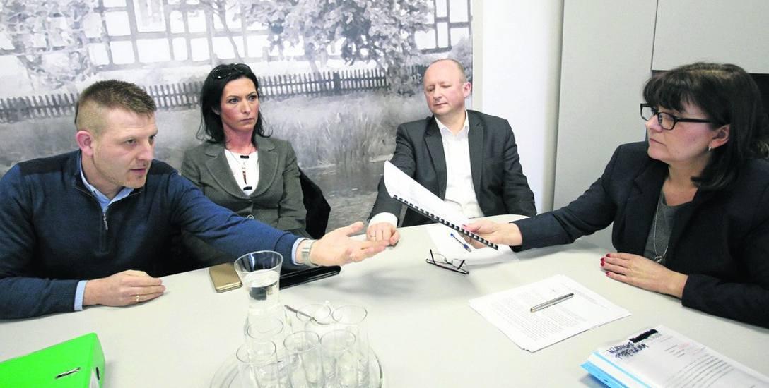 Wczoraj w Urzędzie Gminy Słupsk odbyło się kolejne spotkanie wójt Barbary Dykier i jej współpracowników z przedstawicielami stowarzyszenia Gmina jest