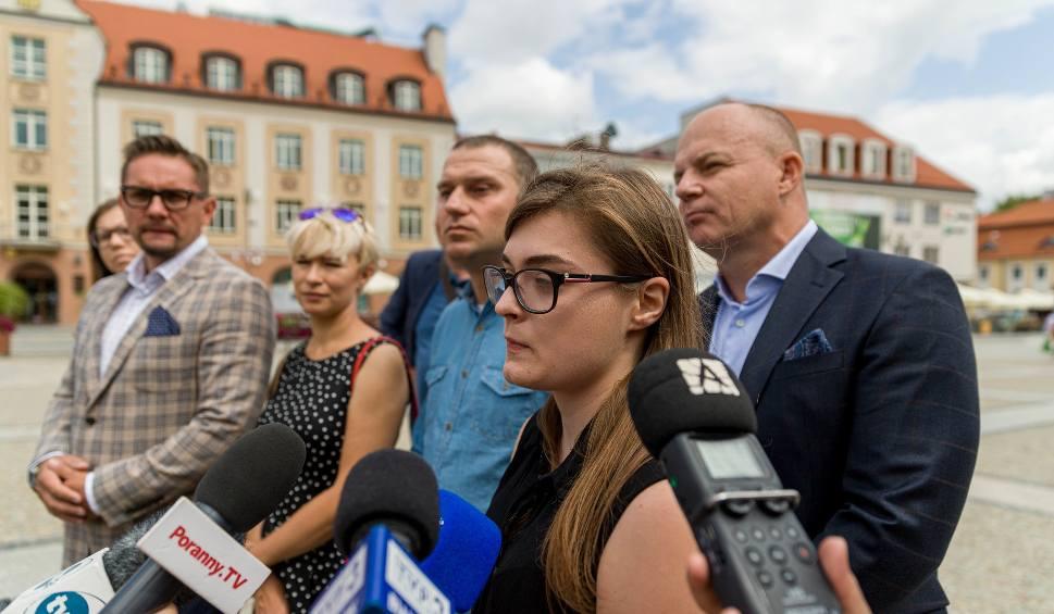 Film do artykułu: Katarzyna Rosińska: Wsparcie tydzień później? Nie było polityków, gdy ich potrzebowaliśmy [WIDEO]