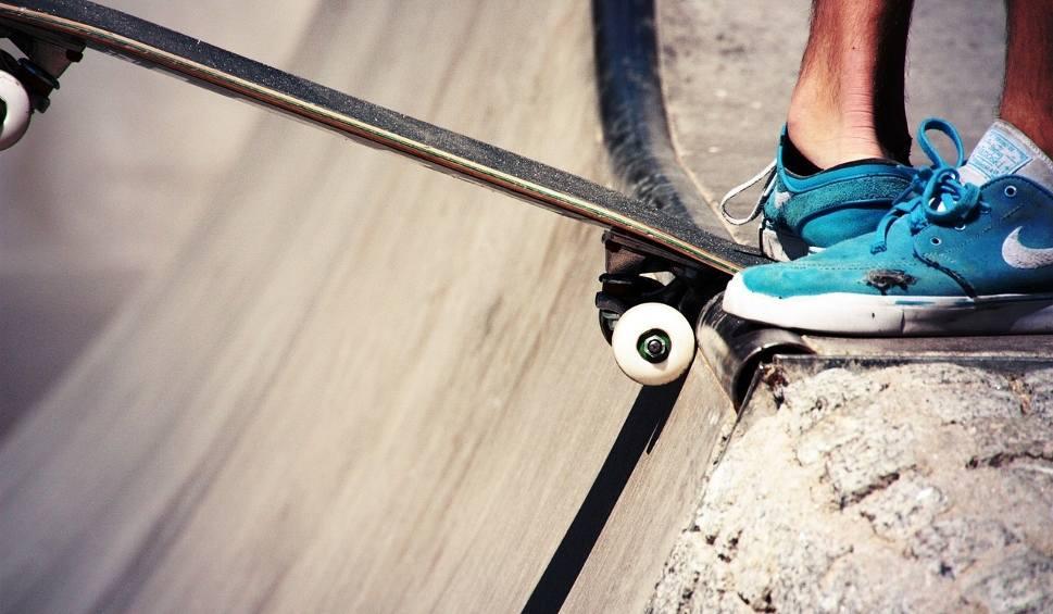 Film do artykułu: KOSTRZYN NAD ODRĄ. Skatepark za ponad 850 tys. zł zostanie otwarty. Powstał w okolicy amfiteatru