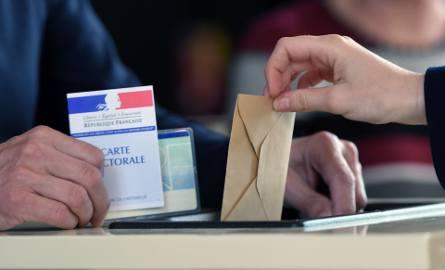 Wybory prezydenckie we Francji 2017 [WYNIKI NA ŻYWO] [FREKWENCJA] Trwa pierwsza tura [RELACJA]