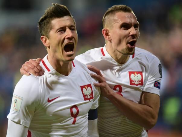 Na półmetku eliminacji mundialu w Rosji Polacy są liderem z sześcioma punktami przewagi nad drugą w tabeli Czarnogórą.