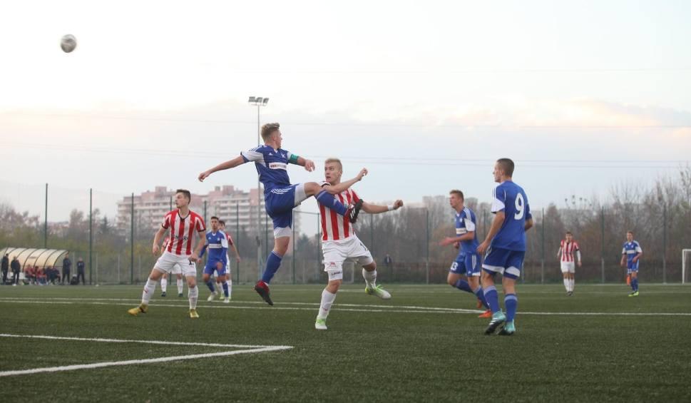 Film do artykułu: Centralna Liga Juniorów U-18: Cracovia ponownie lepsza od Wisły [ZDJĘCIA]