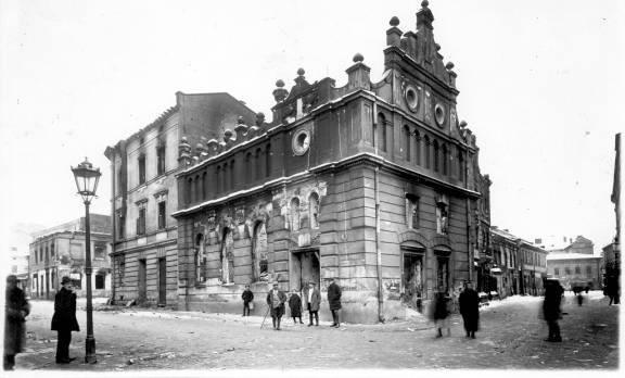 18 lat później w wyniku zamieszek spłonęła także synagoga we Lwowie