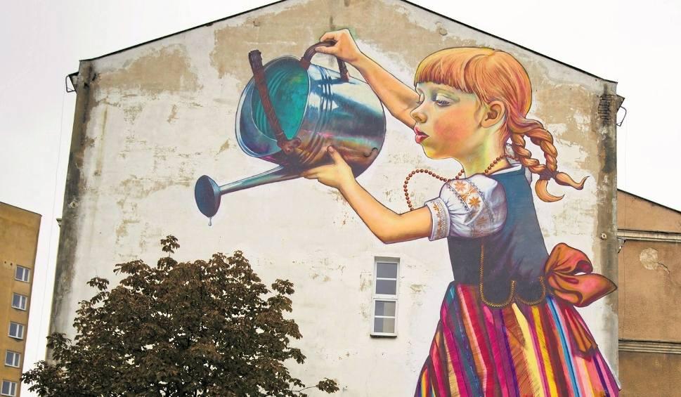 Mural dziewczynka z konewk mo e zosta uratowany miasto for Mural dziewczynka z konewka