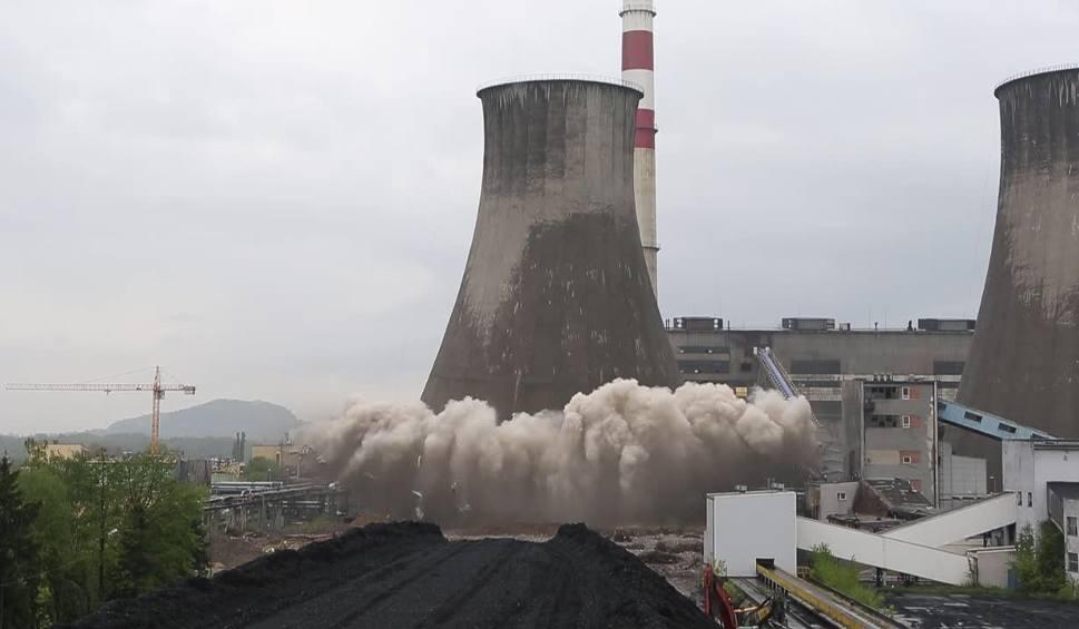 Film do artykułu: Będzin: wielki wybuch a potem sprzątanie w Elektrowni Łagisza ZDJĘCIA + WIDEO