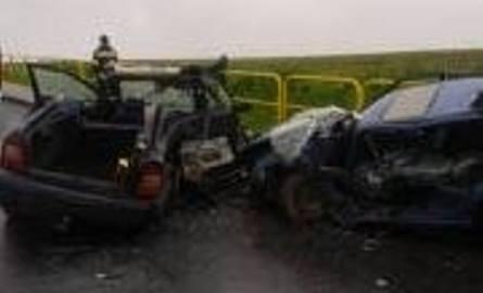 Groźny w Przybysławicach. Dwie osoby ranne