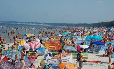 Gdy jest słonecznie i tłum wypoczywających na plaży, już wiemy, że dziś będziemy poszukiwać rodziców jakiegoś dziecka. Z Leszkiem Pytlem, szefem mieleńskich
