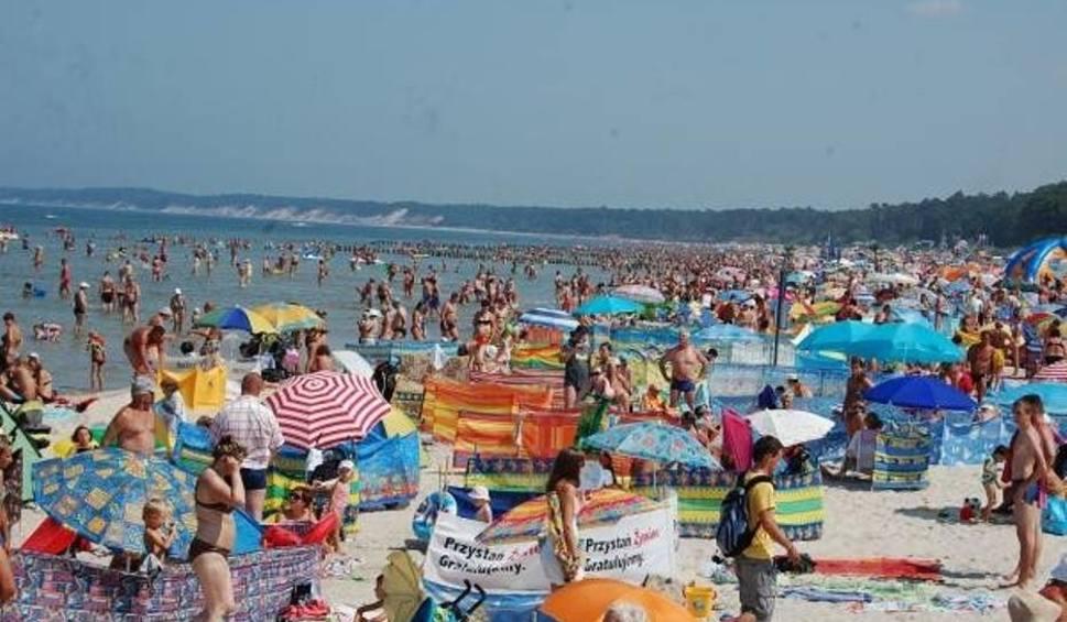 Film do artykułu: Na plaży w Mielnie gubią się dzieci. Ratownicy apelują
