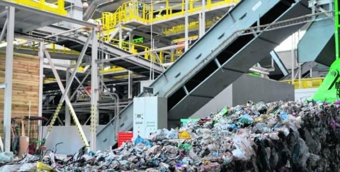 W  2017 r. według Głównego Urzędu Statystycznego jeden Pomorzanin pozbył się średnio 346 kg odpadów.