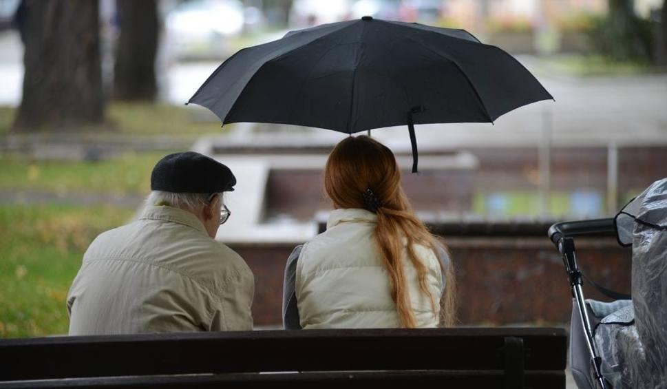 Film do artykułu: Pogoda na weekend: będzie deszczowo i nieprzyjemnie