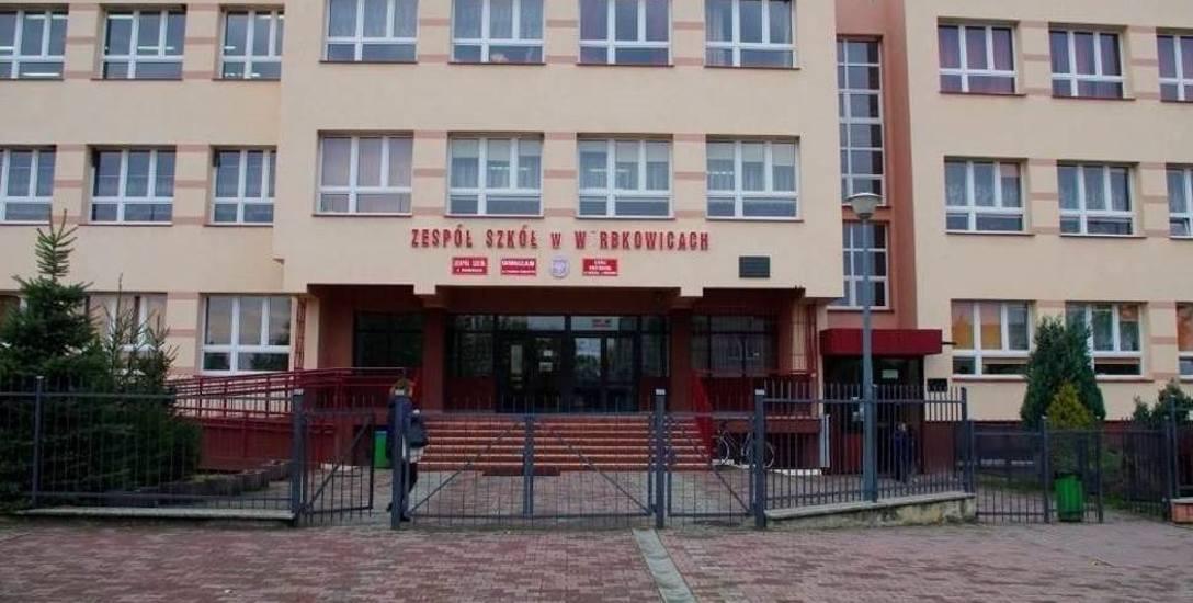 W tej szkole w Werbkowicach w powiecie hrubieszowskim w październiku ub. roku miało dojść do przemocy. Nauczycielka została oskarżona o uderzenie szóstoklasisty
