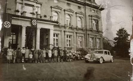 """""""Kinderlager Pogrzebin"""" opowiada historię obozu dla wysiedlonych polskich rodzin i ich losów w czasach II wojny światowe"""